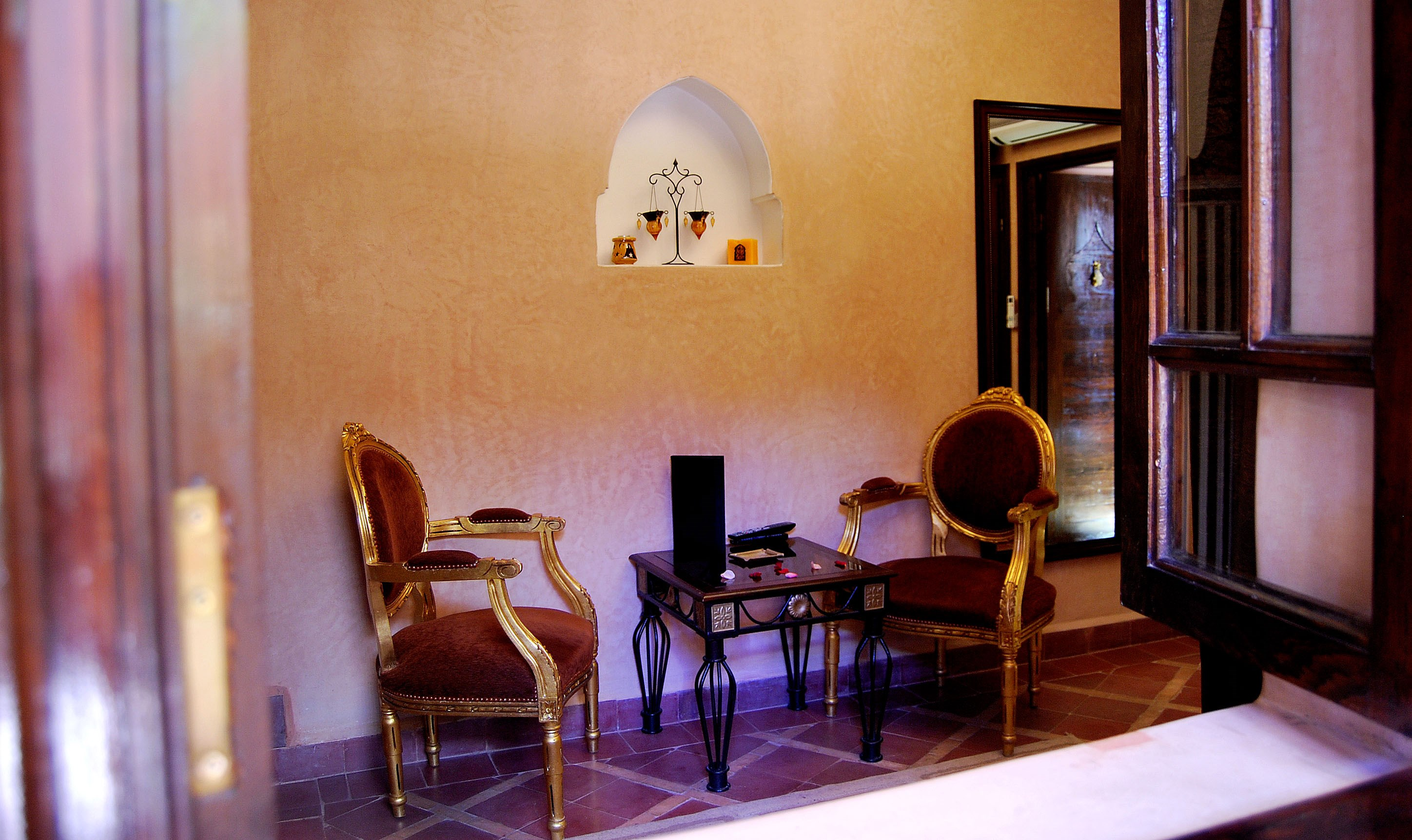 Riad1001nuits suite sharayiar for Salon egyptien